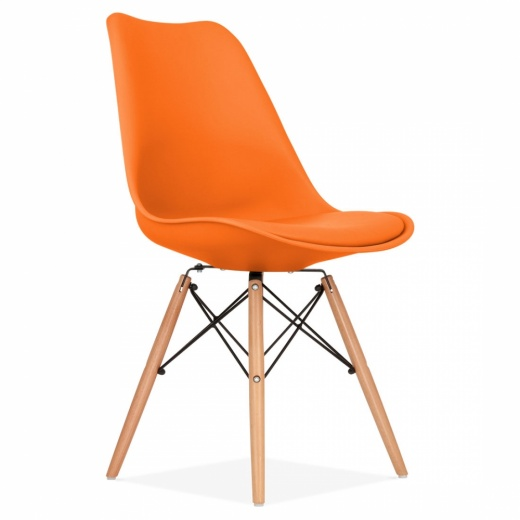 chaise eames inspired orange avec pieds de style dsw en bois cult uk. Black Bedroom Furniture Sets. Home Design Ideas