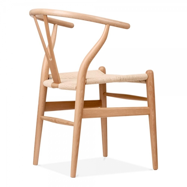 Chaise de style wishbone en bois naturel chaise design for Chaise de style