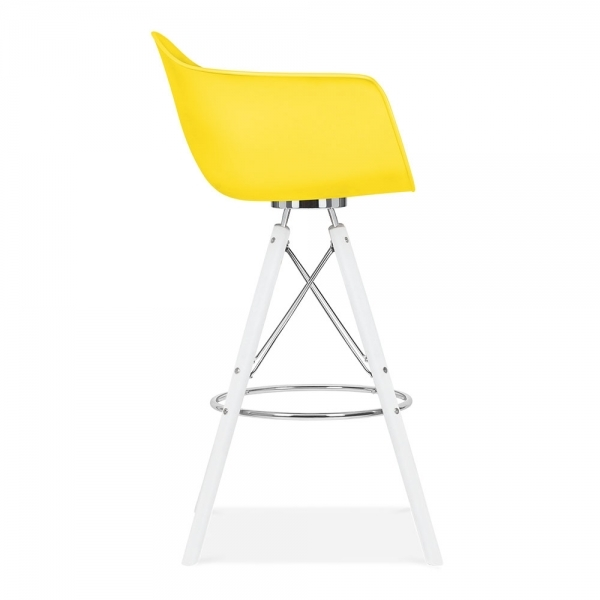 tabouret de bar avec accoudoirs moda cd3 jaune par cult design cult fr. Black Bedroom Furniture Sets. Home Design Ideas