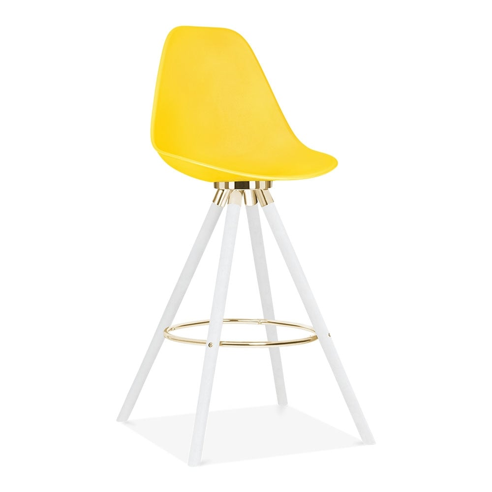tabouret de bar avec dossier de moda cd2 jaune par cult. Black Bedroom Furniture Sets. Home Design Ideas